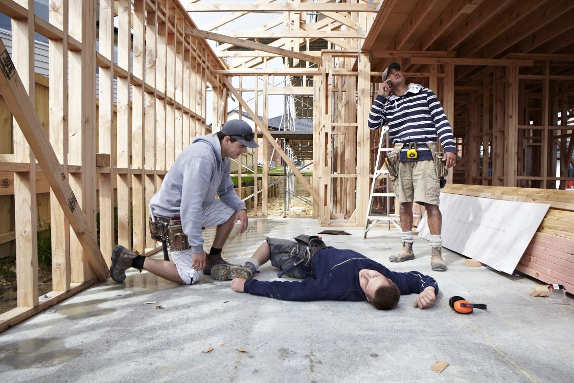 First aid construction safety course with site safe for Site in construction