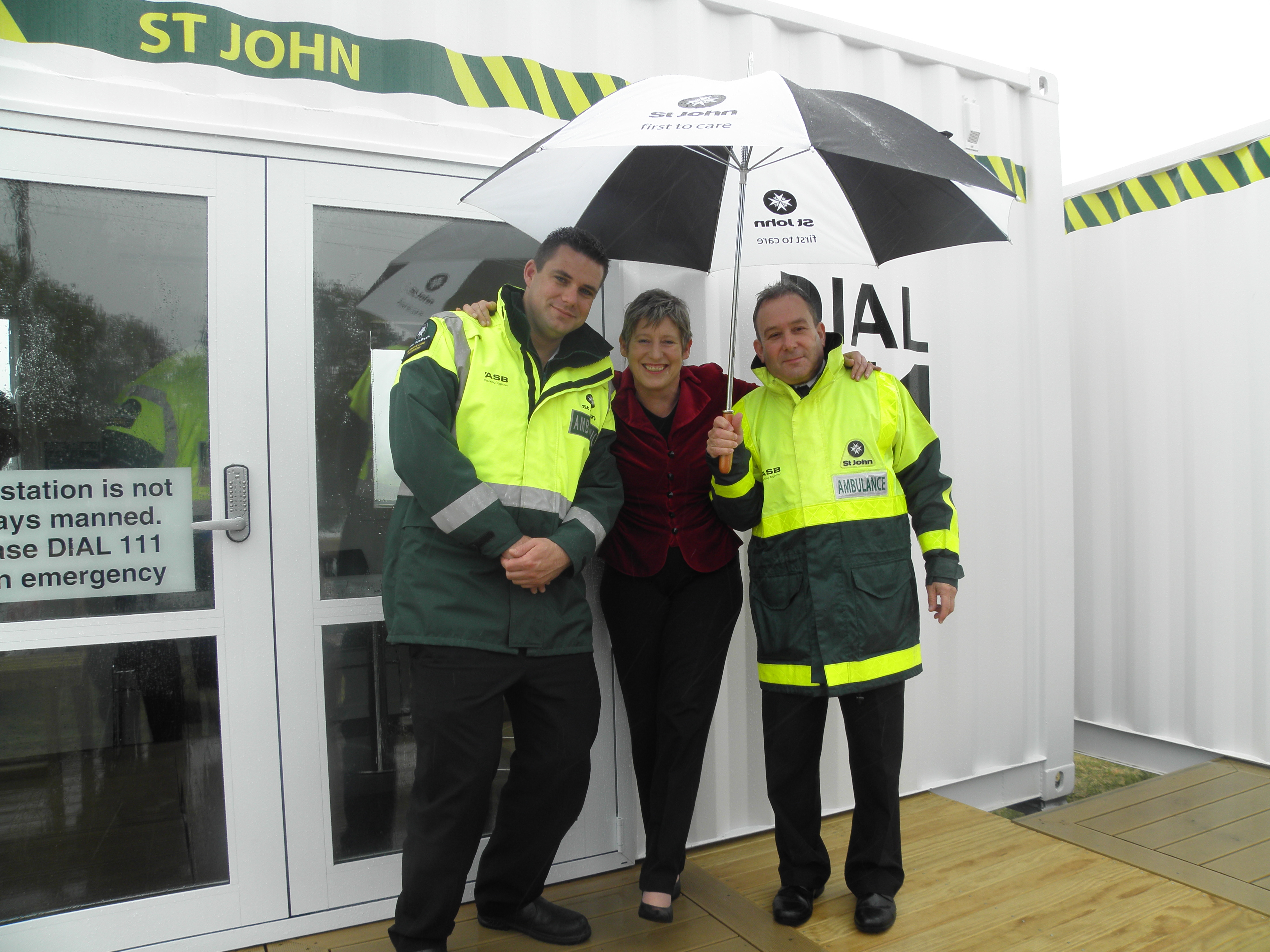 Portable ambulance station ChristchurchLianne DalzielChris HainesCurt Ward
